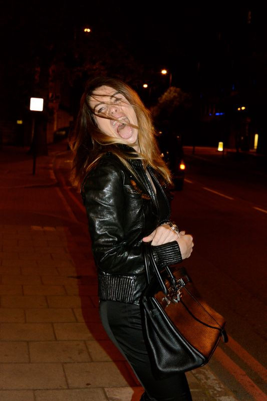 HAVE FUN- FASHIONISTA-COOL STYLE- BIRKIN- HERMES- PATRIZIA PEPE-GOLDE CASE- LONDON TIME- CRAZY TIME - COOL - FASHIONISTA