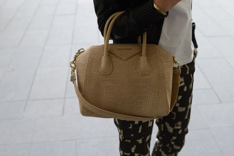 givenchy-crocodile-cool style - I love it- my bag- bags- golden goose- fashionista- fashion