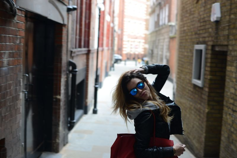 london -cool style-spektre-balenciaga-alessia maglia-easy fashion style-fashion blogger- cool style-italian blogger- london