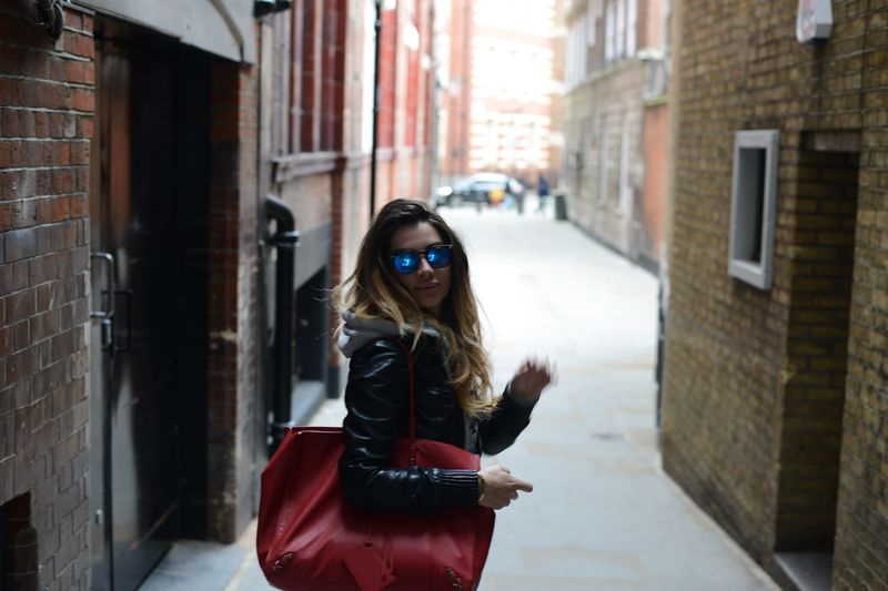 london-easyfashionstyel-cool place-spektre-patrizia pepe-italian blogger-french style-balenciaga-stree style-cool place-fashion