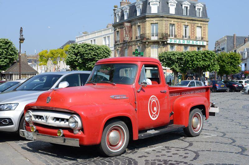 CAR-CHEVROLET PICKUP TRUCK 1953- BELLA'S CAR TWILIGHT-DEAUVILLE-TRAVEL-FRANCE-