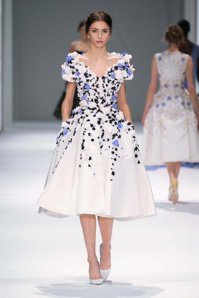 Ralph & Russo : Runway - Paris Fashion Week : Haute-Couture Fall/Winter 2014-2015
